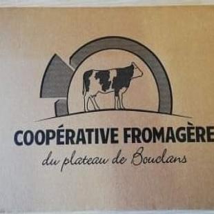 Aujourd'hui a la coopérative c'était operation crowdfarming!t Quelques 1480 boîtes ont été préparées par nos 3 agriculteurs. Direction la france,  Belgique, Angleterre, Allemagne, Luxembourg, Pays-Bas, Espagne, Monaco et la Suisse pour notre comté.  #coopbouclans #livraisonàdomicile #boutiqueenligne #drive #agriculture #doubs #franchecomté#savoirfaire #lait #montbeliarde #simmental #paturage #comté #morbier #champs #terroirfrançais #terroir #agriculture#agricultureraisonnée #coopbouclans #livraisonàdomicile #boutiqueenligne #drive #agriculture #doubs #franchecomté #savoirfaire #comté #agriculturelocale #agricultureraisonnée #naiseylesgranges #nancray #rochelezbeaupré #bouclans #fromagerie